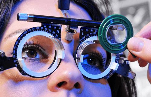 Dr Karen Conradie - Ophthalmologist